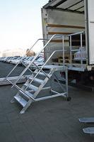 Plattformtreppen aus Aluminium, fahrbar